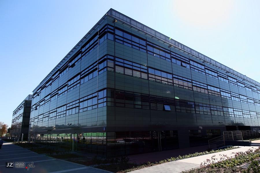 Kompleks biurowy Poleczki Business Park - zdjęcia z zewnątrz 8