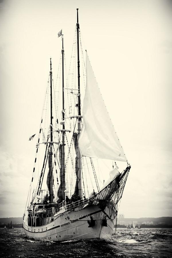 """Zlot Żaglowców Gdynia 2009. Regaty (CUTTY SARK) """"The Tall Ship`s Races"""" cz 2 z 2. 28"""