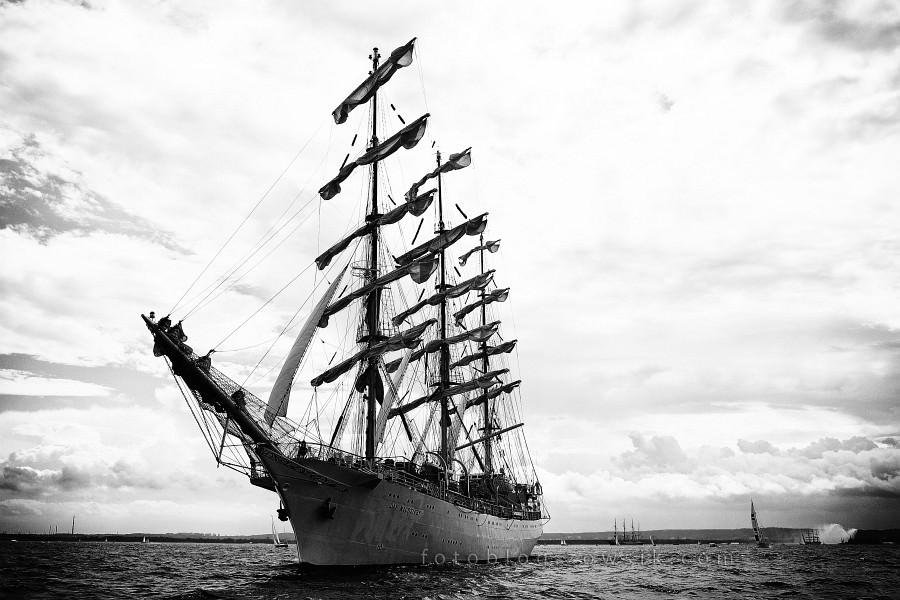 """Zlot Żaglowców Gdynia 2009. Regaty (CUTTY SARK) """"The Tall Ship`s Races"""" cz 2 z 2. 33"""