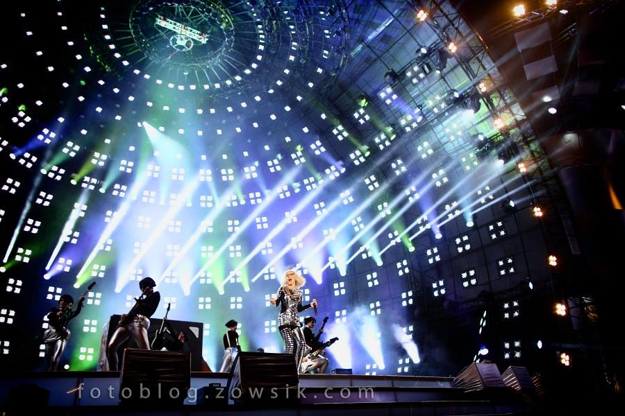 """""""Sylwestrowa Moc Przebojów 2010/2011"""" z Telewizją Polsat i Urzędem M.St.Warszawa / część I - Roxette, Doda 31"""