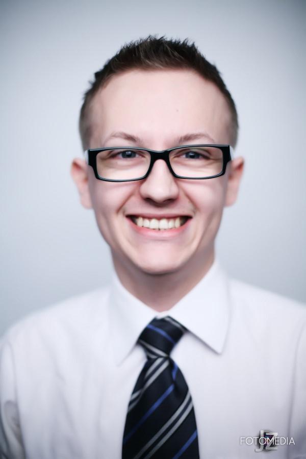 Grzegorz - portret studyjny 2