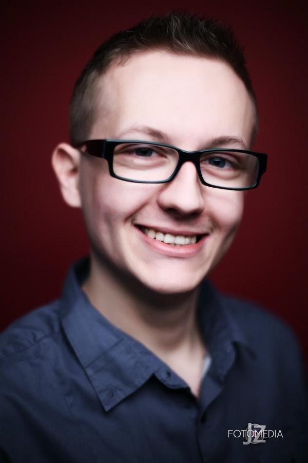 Grzegorz - portret studyjny 14