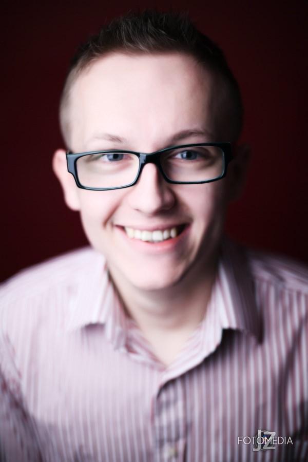 Grzegorz - portret studyjny 21