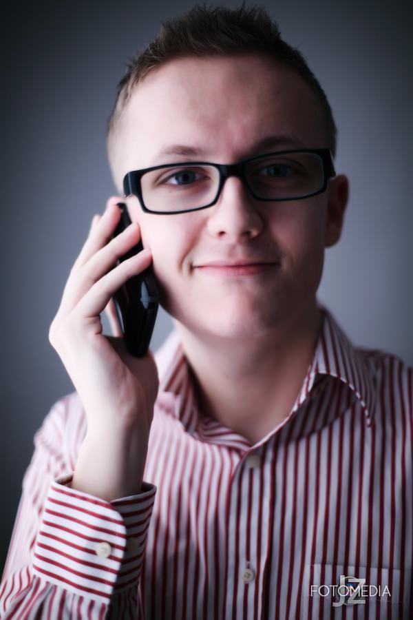 Grzegorz - portret studyjny 16