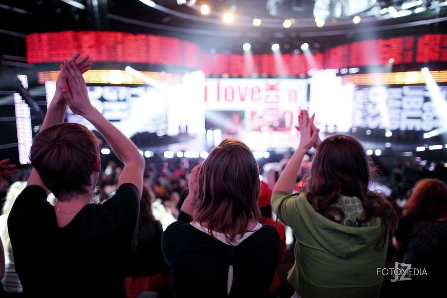 Must Be The Music. Tylko Muzyka. Polsat - pierwszy odcinek na żywo - reportaż ze studia 24