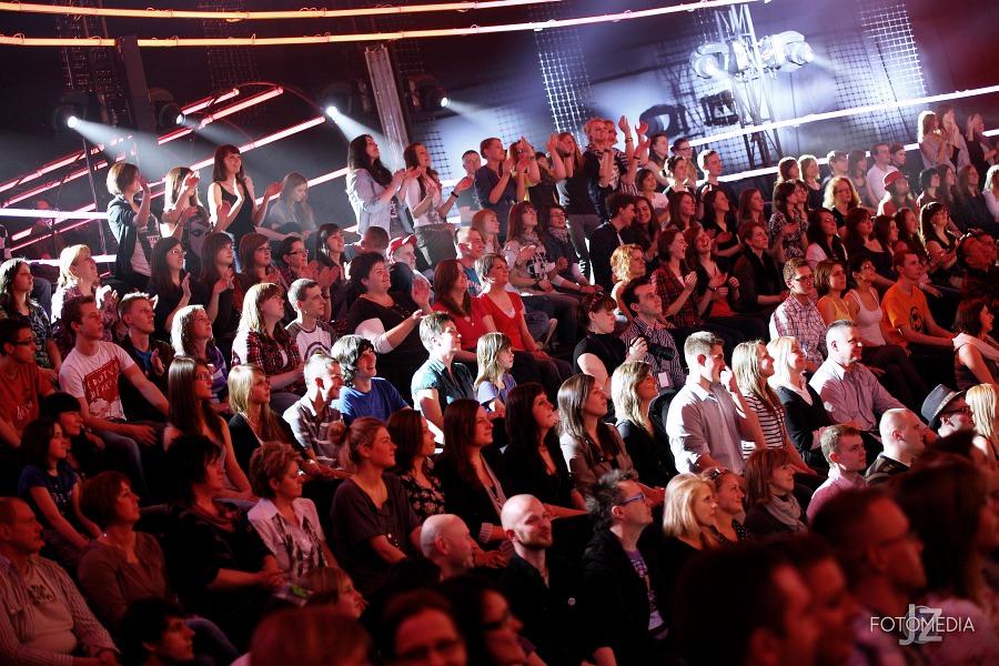 Must Be The Music. Tylko Muzyka. Polsat - pierwszy odcinek na żywo - reportaż ze studia 80