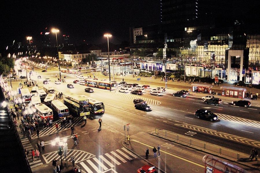 """Noc Muzeów 2011 Warszawa – Wystawa zabytkowego taboru (pl.Narutowicza). """"Ogórki"""" na ulicach Warszawy. 36"""