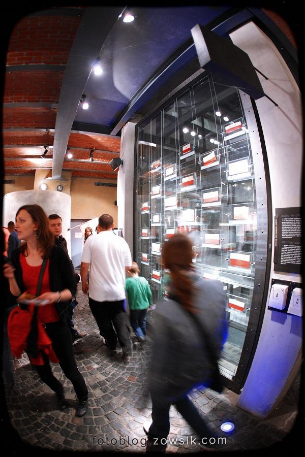 Noc Muzeów 2011 Warszawa – Muzeum Powstania Warszawskiego i Muzeum Marii Skłodowskiej-Curie 11