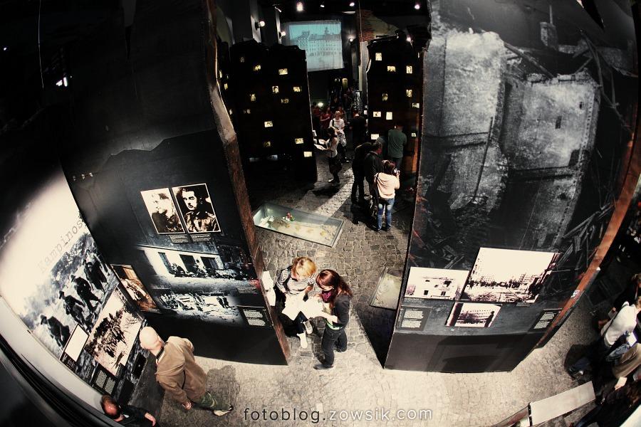 Noc Muzeów 2011 Warszawa – Muzeum Powstania Warszawskiego i Muzeum Marii Skłodowskiej-Curie 13
