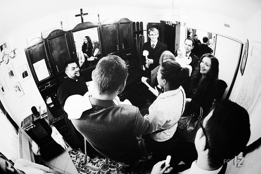 Chrzest Kuby (Kościół p.w. św. Grzegorza Wielkiego) zdjęcia. Fotograf na chrzest Warszawa. 5