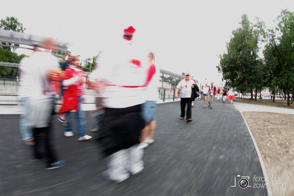 UEFA EURO 2012. Mecz Polska – Rosja. Reportaż od Stadionu do strefy kibica. Warszawa. 10