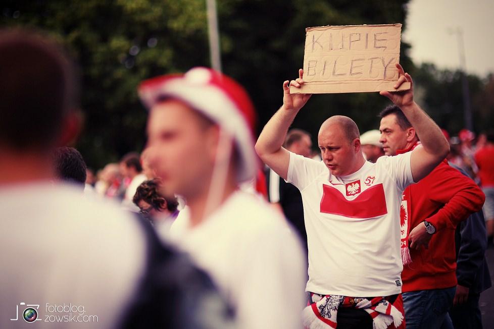 UEFA EURO 2012. Mecz Polska – Rosja. Reportaż od Stadionu do strefy kibica. Warszawa. 13