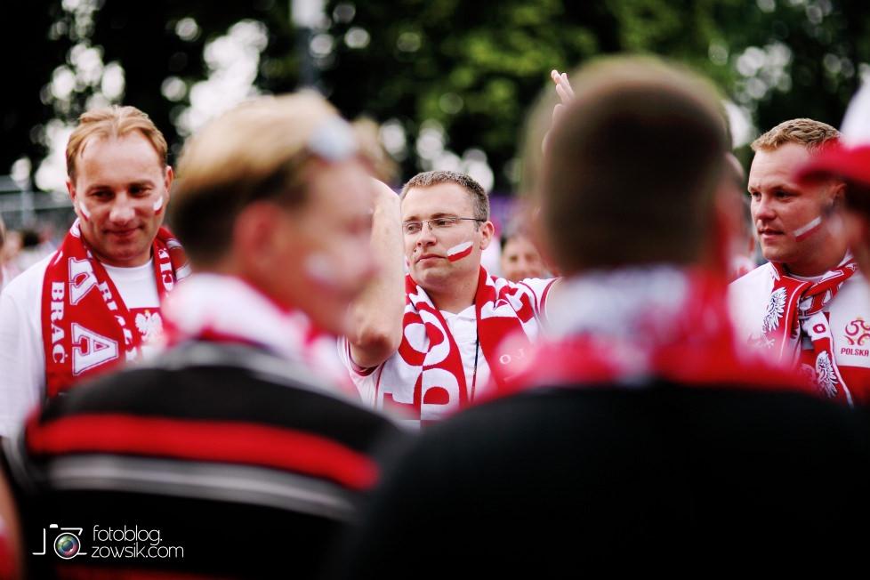 UEFA EURO 2012. Mecz Polska – Rosja. Reportaż od Stadionu do strefy kibica. Warszawa. 17