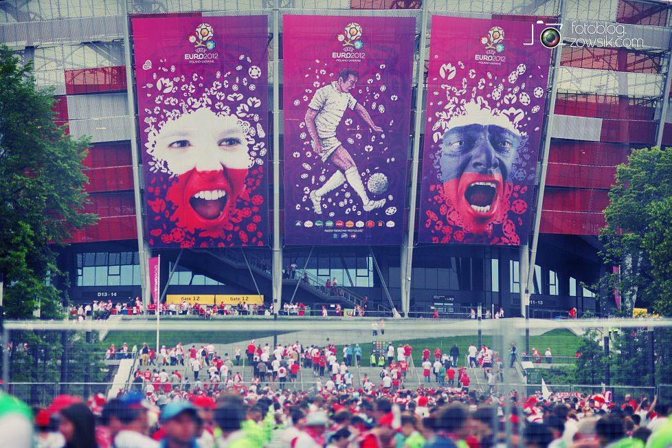 UEFA EURO 2012. Mecz Polska – Rosja. Reportaż od Stadionu do strefy kibica. Warszawa. 18