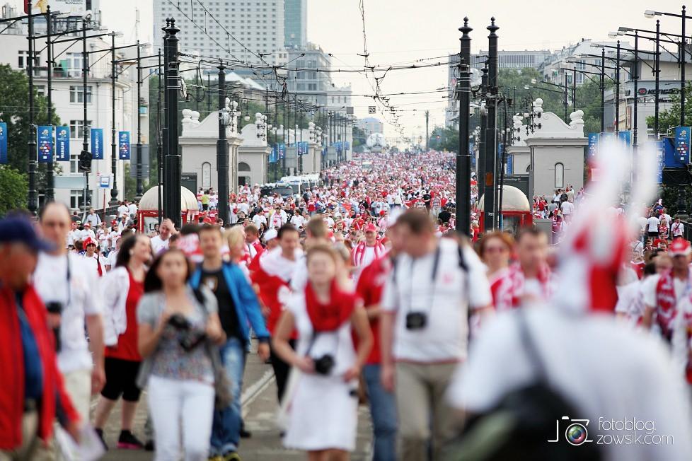 UEFA EURO 2012. Mecz Polska – Rosja. Reportaż od Stadionu do strefy kibica. Warszawa. 29