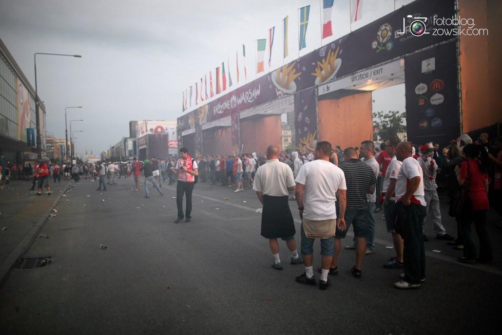 UEFA EURO 2012. Mecz Polska – Rosja. Reportaż od Stadionu do strefy kibica. Warszawa. 36