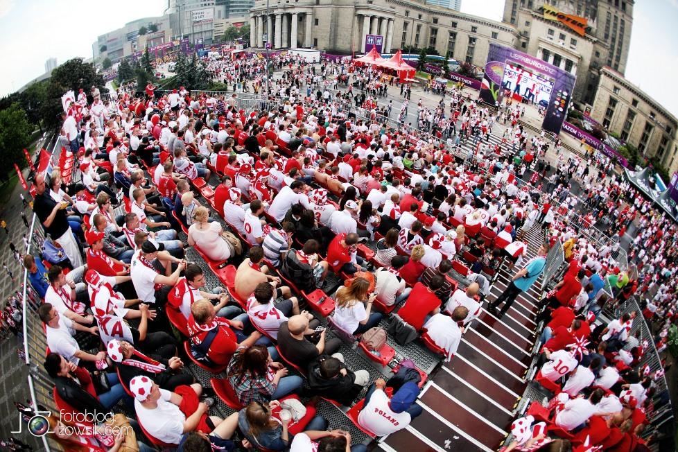 UEFA EURO 2012. Mecz Polska - Grecja. Reportaż ze strefy kibica w Warszawie. 22