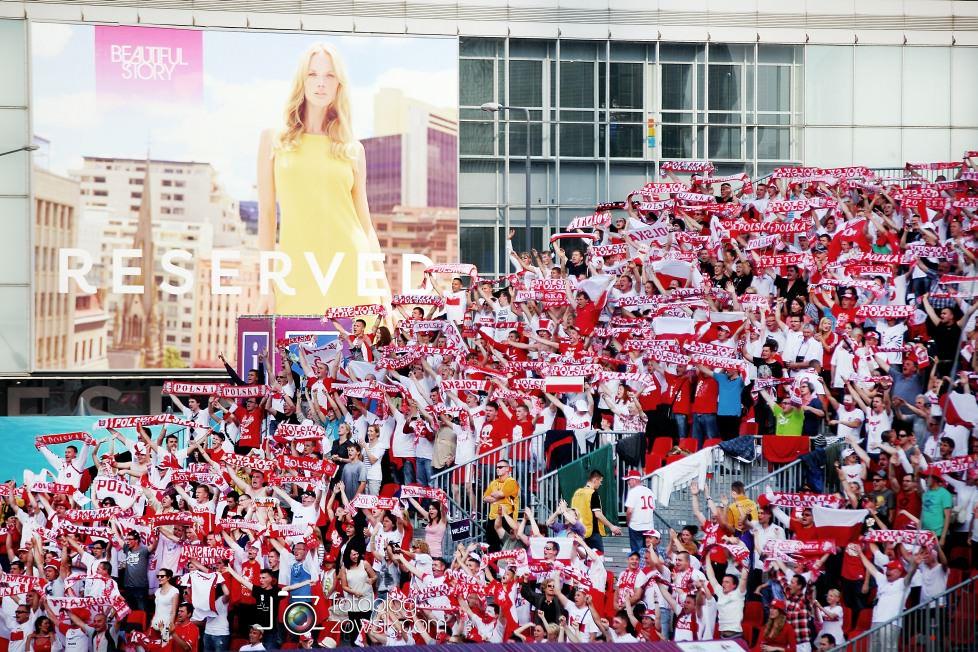UEFA EURO 2012. Mecz Polska - Grecja. Reportaż ze strefy kibica w Warszawie. 34