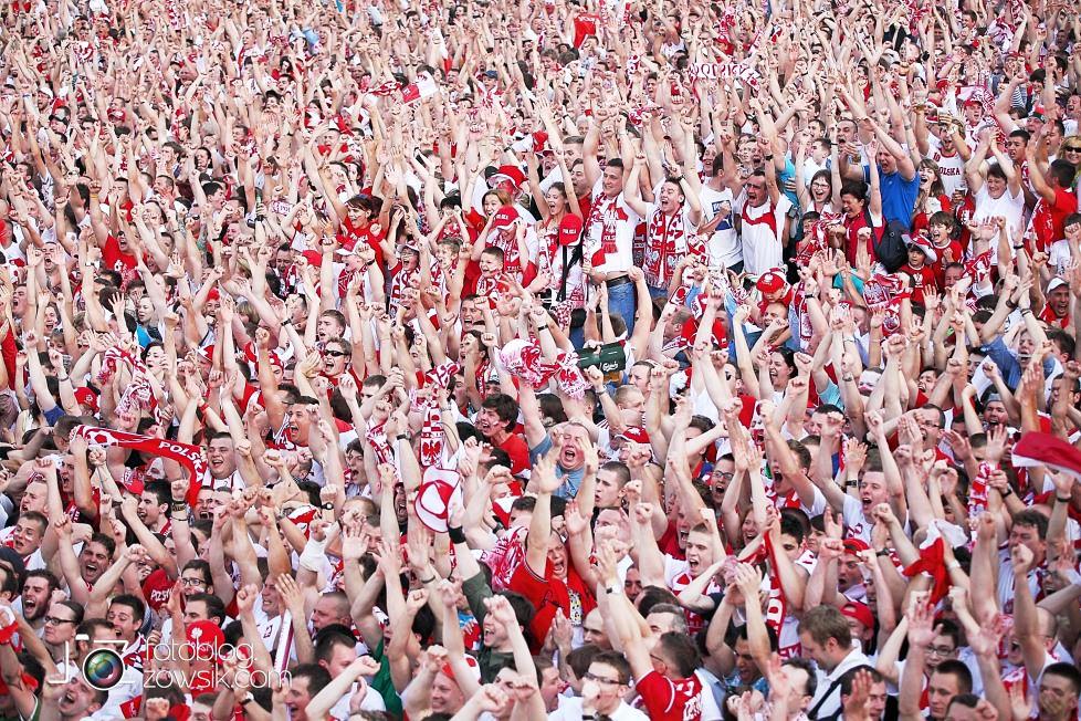UEFA EURO 2012. Mecz Polska - Grecja. Reportaż ze strefy kibica w Warszawie. 52