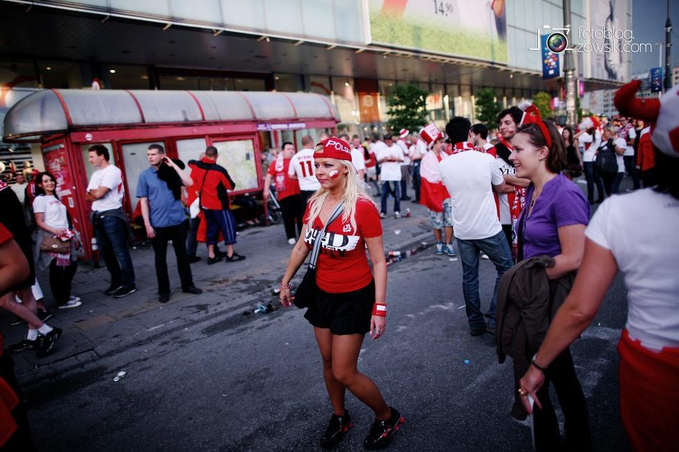 UEFA EURO 2012. Mecz Polska - Grecja. Reportaż ze strefy kibica w Warszawie. 70