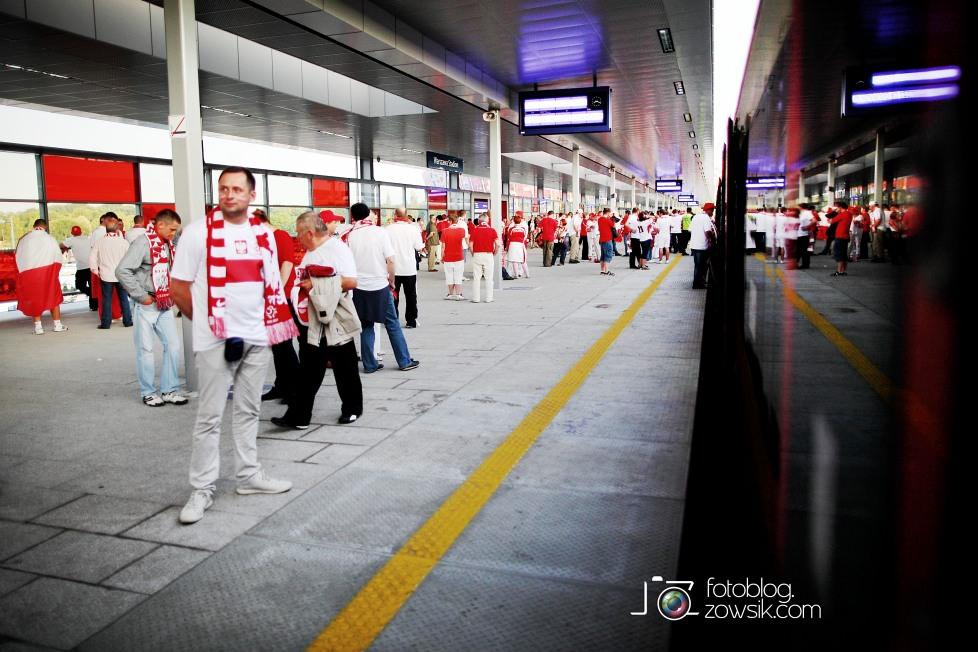 UEFA EURO 2012. Mecz Polska - Grecja. Reportaż ze strefy kibica w Warszawie. 77