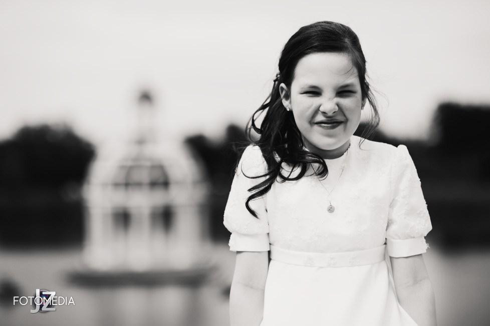 Komunia plener. Natalia w VENECIA PALACE. Warszawa. 9