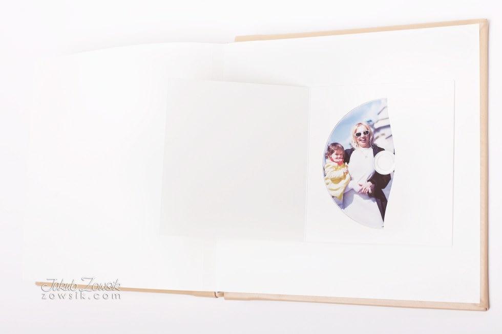 Chrzciny Tymoteusza. Album na chrzest, etui na DVD, płyta DVD z nadrukiem. 6