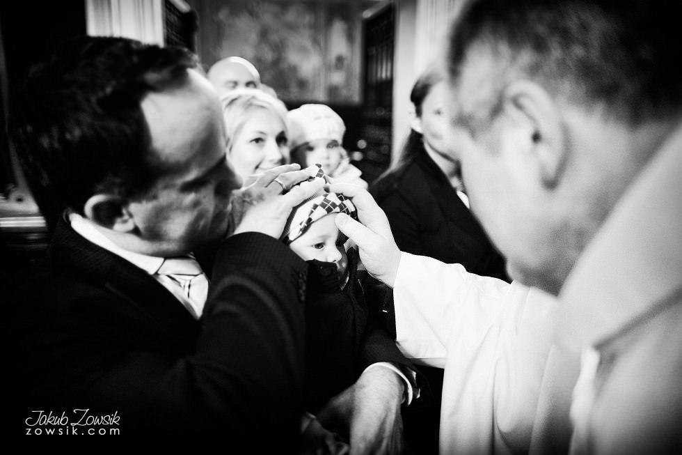 Chrzest Warszawa. Reportaż z uroczystość chrztu Tymoteusza. Kościół św. Anny (Krakowskie Przedmieście) 32