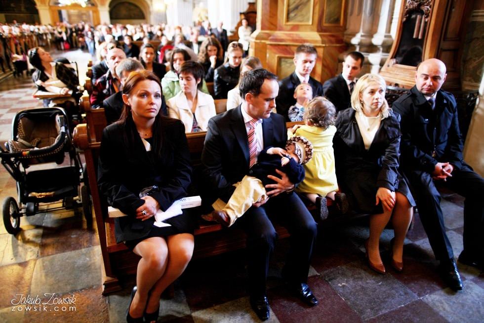 Chrzest Warszawa. Reportaż z uroczystość chrztu Tymoteusza. Kościół św. Anny (Krakowskie Przedmieście) 39