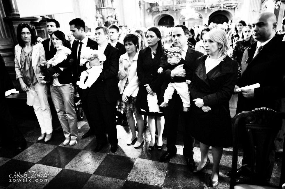 Chrzest Warszawa. Reportaż z uroczystość chrztu Tymoteusza. Kościół św. Anny (Krakowskie Przedmieście) 43