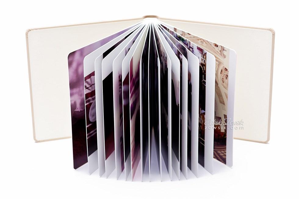 Chrzest Laury. Fotoksiążka, podwójne etui na DVD, DVD z nadrukiem. 23