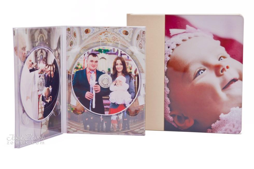 Chrzest Laury. Fotoksiążka, podwójne etui na DVD, DVD z nadrukiem. 30