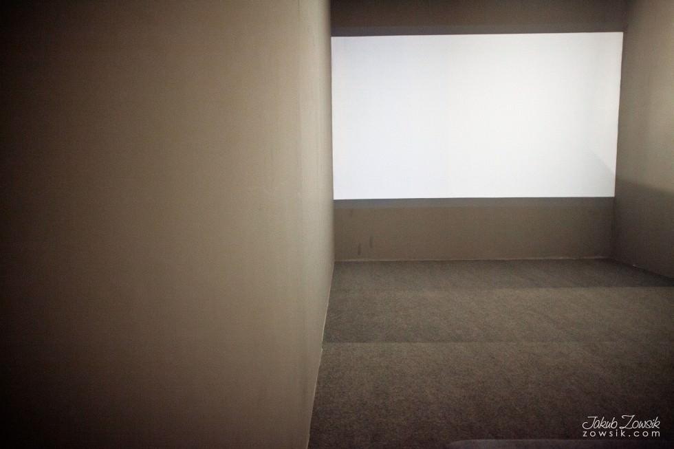 """Kulturalny czwartek w CSW (marzec 2013). Cinthia Marcelle - Automóvel; Wideo – prezentacje; Michał Frydrych """"Zamienię obraz na tysiąc słów"""". 16"""