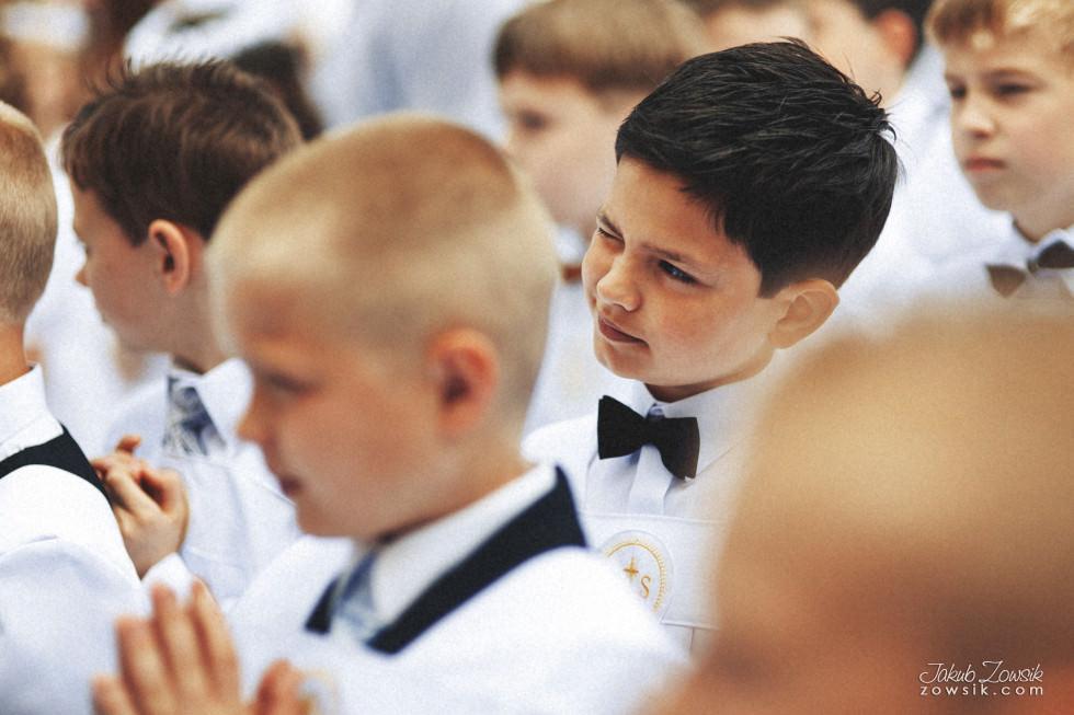 I komunia zdjęcia. Reportaż z uroczystości pierwszej komunii Michała. 7