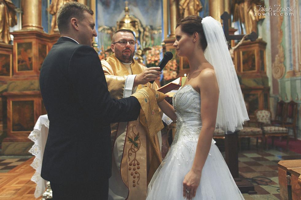 Zdjęcia ślubne Warszawa. Paulina & Mateusz – uroczystość zaślubin. 21