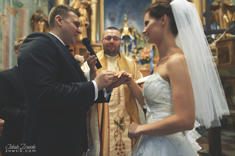 Zdjęcia ślubne Warszawa. Paulina & Mateusz – uroczystość zaślubin. 24
