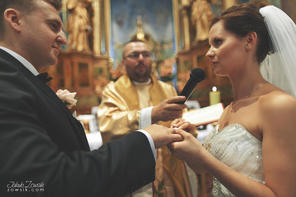 Zdjęcia ślubne Warszawa. Paulina & Mateusz – uroczystość zaślubin. 26