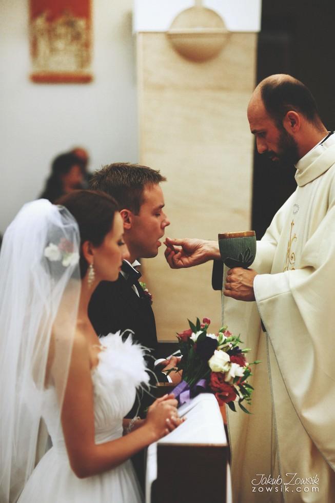 Zdjęcia ślubne Warszawa. Justyna & Karol – uroczystość zaślubin 34