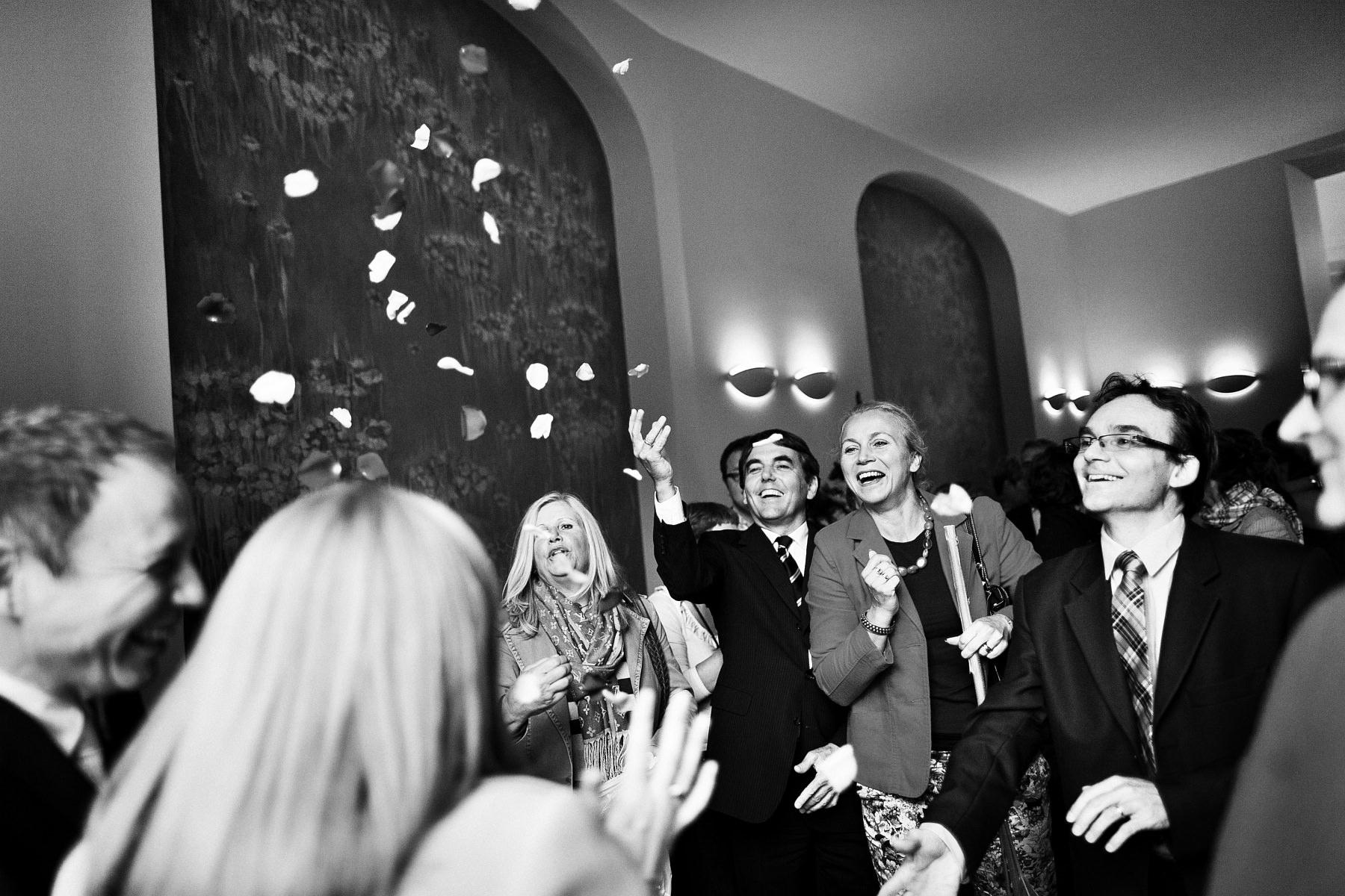 Fotografia ślubna. Kinga & Kevin, ceremonia zaślubin (USC, Warszawa).