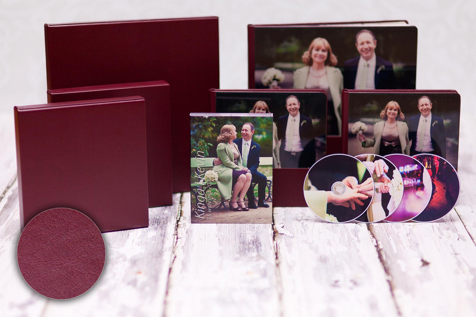 Fotoalbum 30×30, etui z ekoskóry w kolorze albumu; powiększony zestaw z etui na DVD i płytami z nadrukiem. Kinga & Kevin.