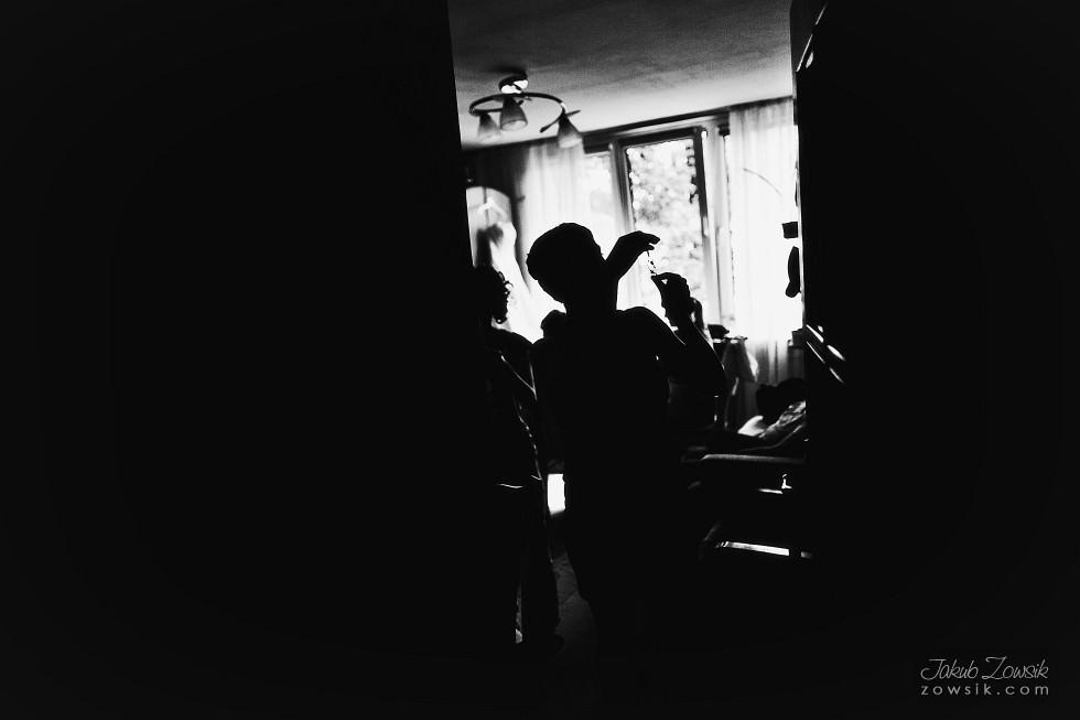 zdjęcia-ślubne-warszawa-MG-Przygotowania-24.08.2012-13.15.57-IMG_0098
