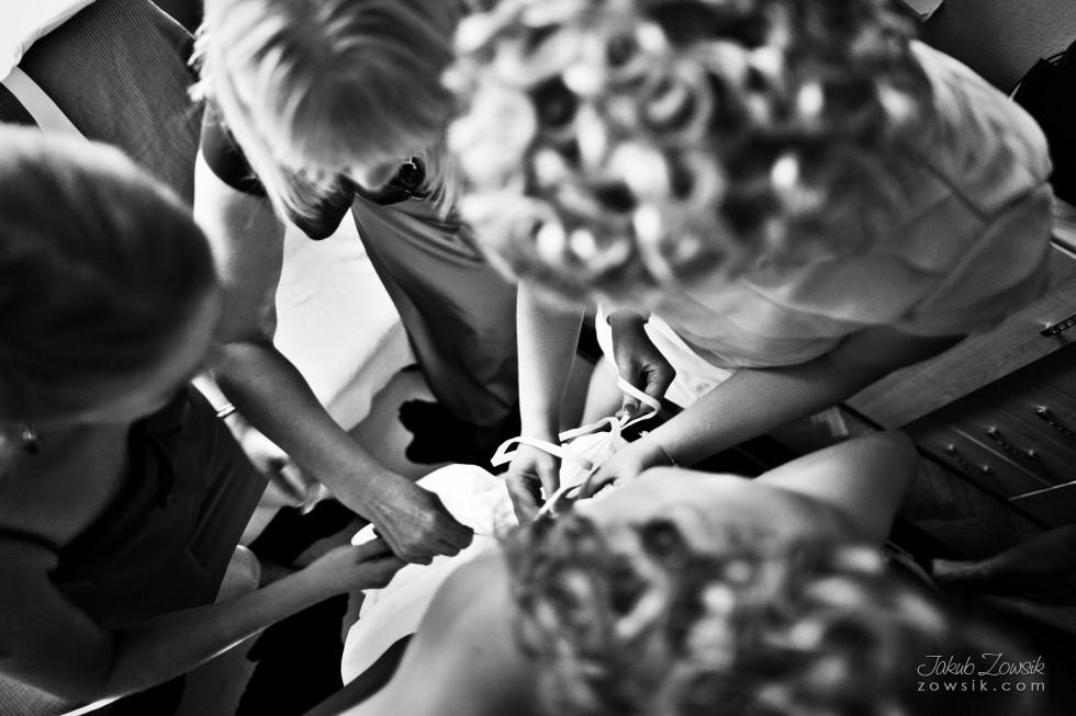 zdjęcia-ślubne-warszawa-MG-Przygotowania-24.08.2012-15.59.50-IMG_0657