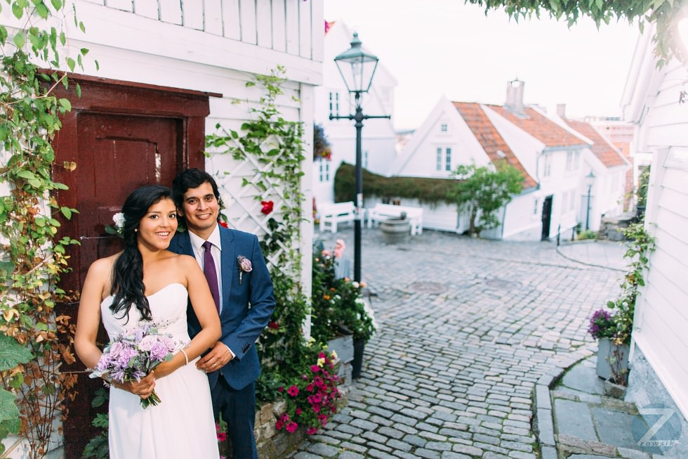 Norway-Stavanger-wedding-photos-19.07-20.02.59-IMG_1992-6-24