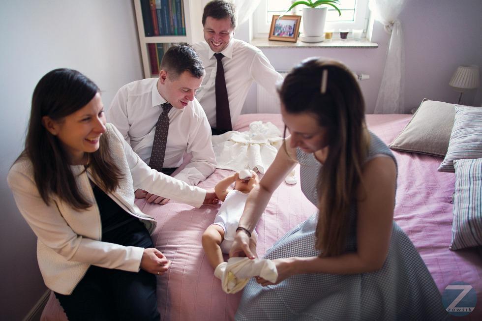 chrzest-Matyldy-fotografie-25.12-12.09.51-IMG_1761-6D1-24-F