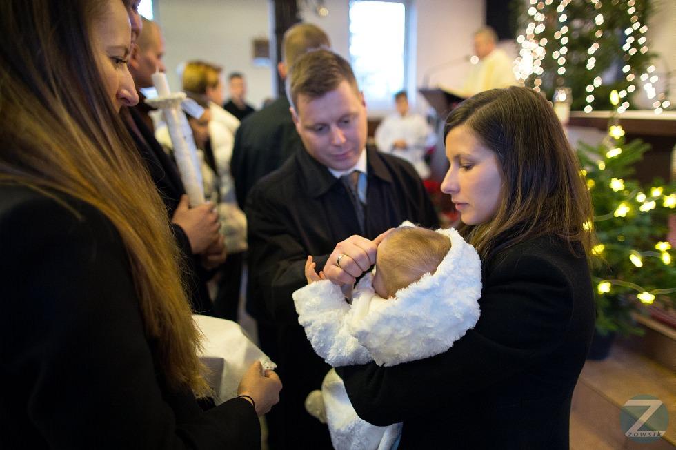 chrzest-Matyldy-fotografie-25.12-13.25.48-IMG_2153-6D1-24-F