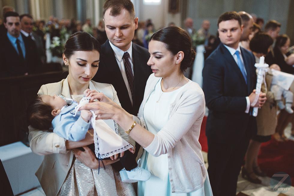 chrzest-Krakow-chrzciny-Bartoszek-zdjecia-17.05-12.30.32