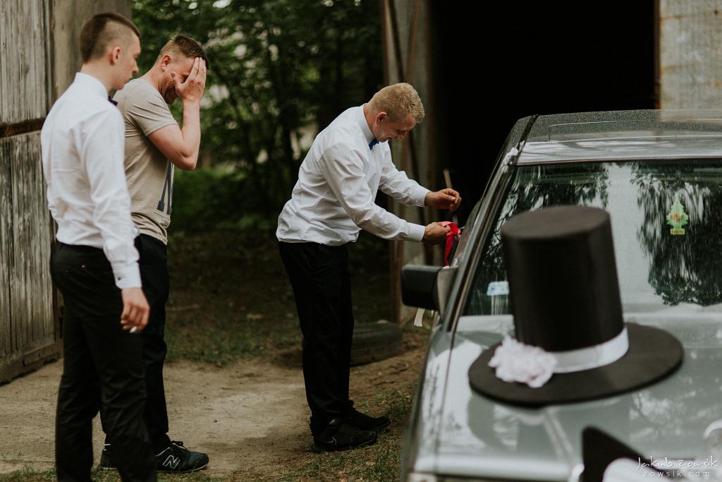 Magda & Sebastian | Zdjęcia ślubne Jedwabno | Reportaż 24