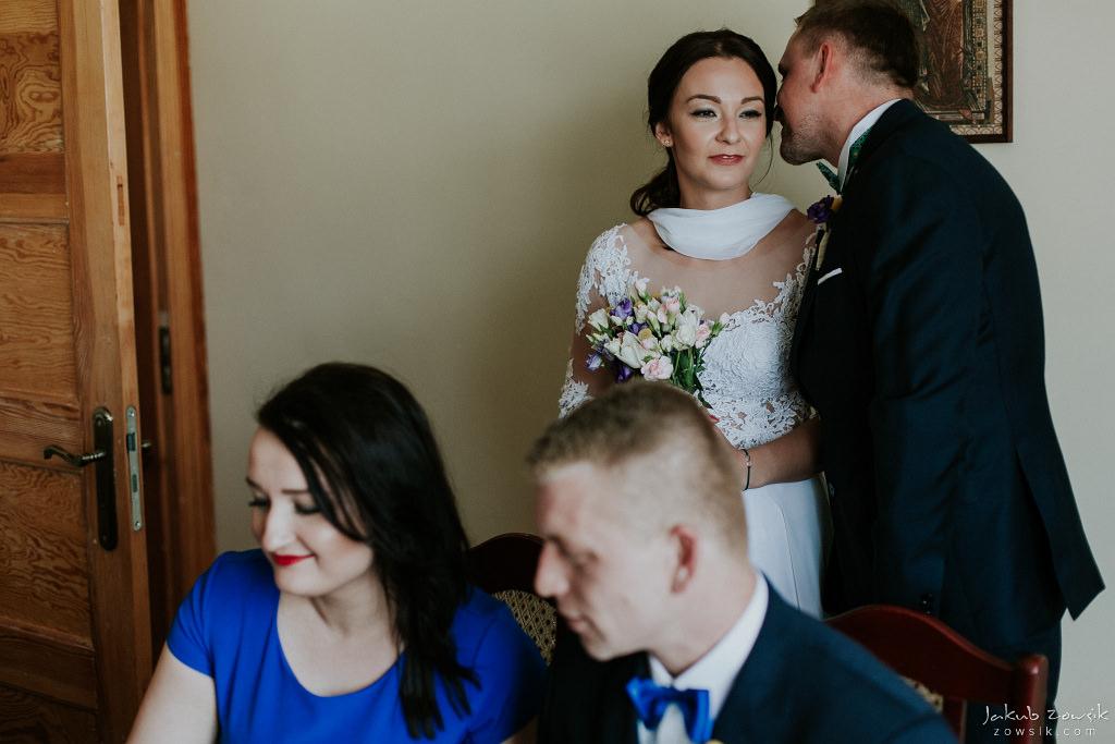 Magda & Sebastian | Zdjęcia ślubne Jedwabno | Reportaż 43
