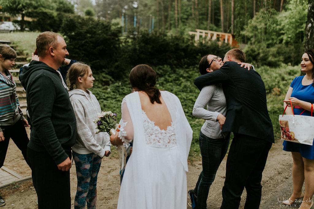 Magda & Sebastian | Zdjęcia ślubne Jedwabno | Reportaż 73