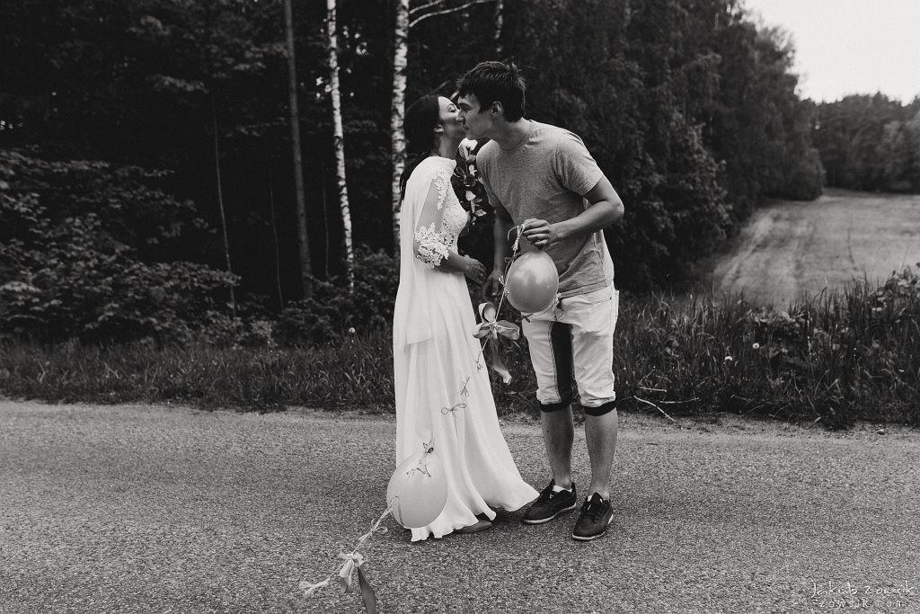 Magda & Sebastian | Zdjęcia ślubne Jedwabno | Reportaż 75